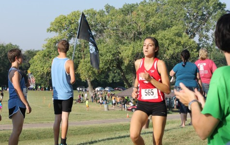 Girls cross country team exceeds expectations Saturday