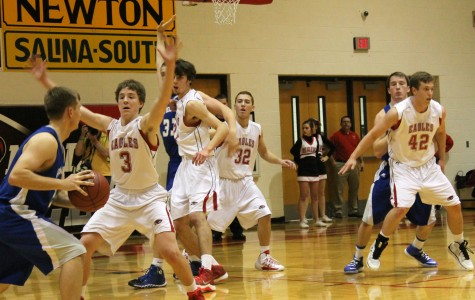 Boys basketball defeats Andover Tuesday