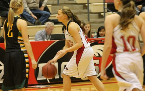 Girls basketball suffers a loss to Salina Central