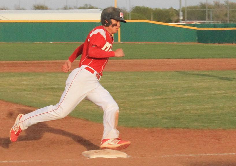Maize defeats Wichita Northwest in double header