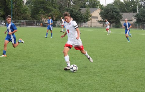 Soccer secures win against Hutchinson