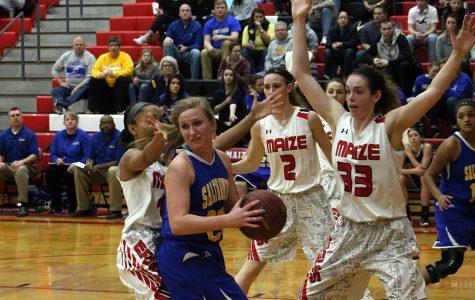 Girls basketball defeats Hutch