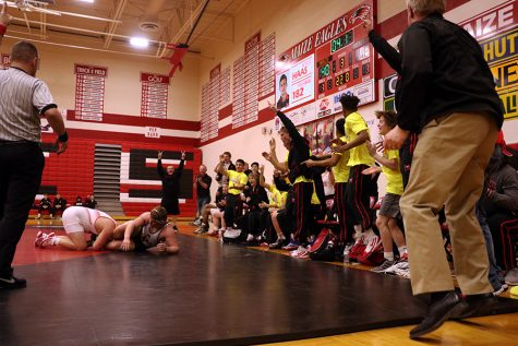 Moon wins Maize's first state wrestling title since 2009