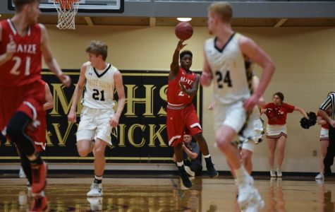 Boys basketball falls to Derby