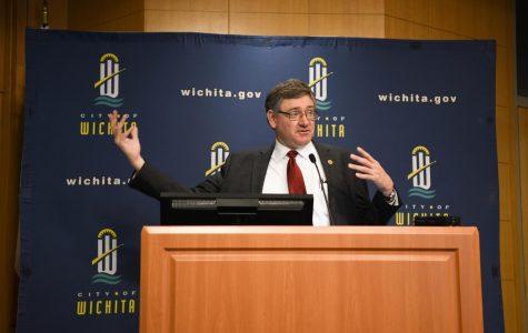 Bergkamp speaks about Solar Initiative at Wichita City Hall
