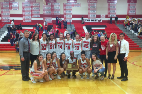 Girls basketball advances to semifinals