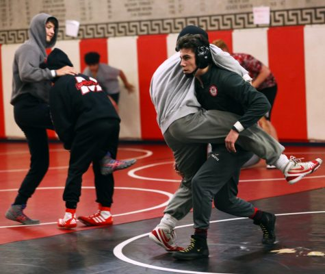Wrestling prepares for home dual and Oklahoma tournament