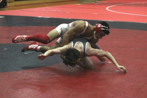 Maize wrestling defeats Campus