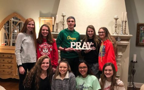 Sophomore starts Bible Study