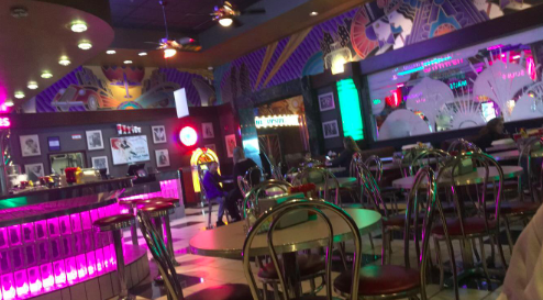 Sophomore Piper Pinnetti reviews The Canteen located in the Regal Theatre.