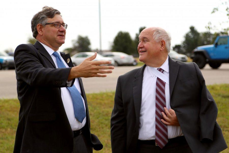 Congressman Ron Estes tours solar array