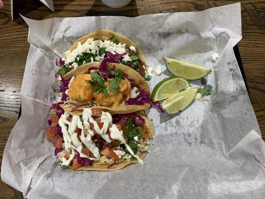 Uno Mas Fresh Mex serves a variety of Mexican dishes. Customers can choose from a menu with 10 different tacos.
