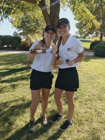 Seniors Brooklyn Blasdel and Lexie Ridder pose after League 2019. Maize won as a team, and both Ridder and Blasdel placed individually.