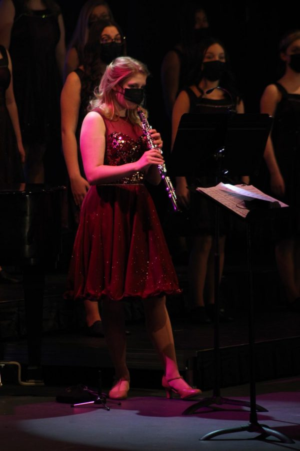 Senior Melody Prater plays the oboe at the beginning of