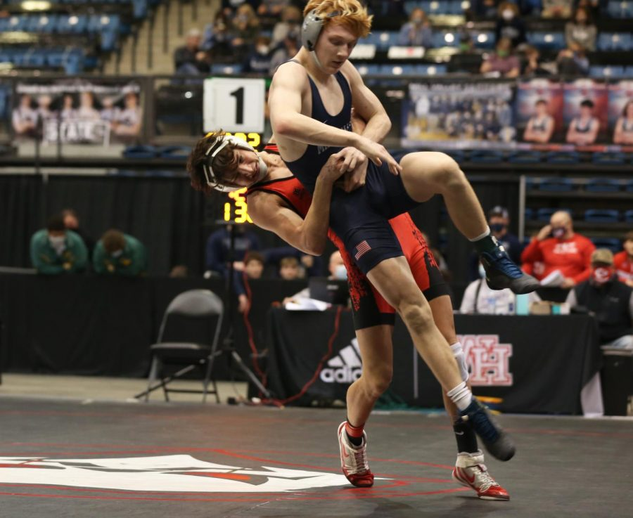 Slideshow: Eagle finish second at state wrestling