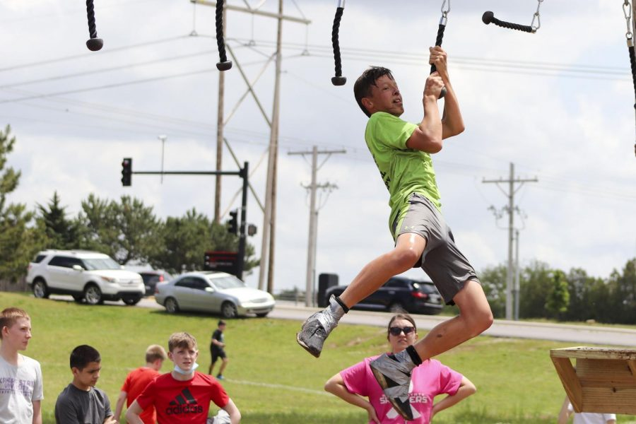Gallery-Maize South Middle School Bull Rush-21 May 2021